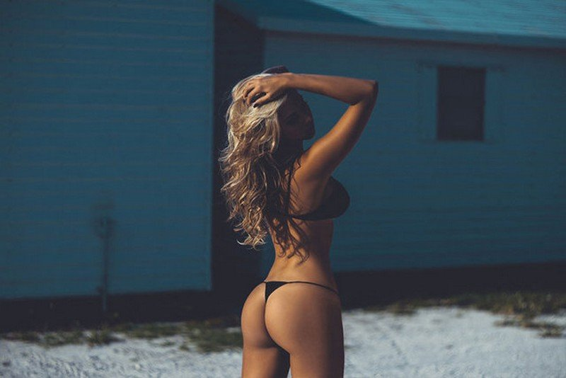 Neymar'ın ilgilendiği seksi model