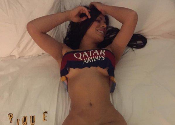 Barcelona hayranı seksi model Suzy Cortez