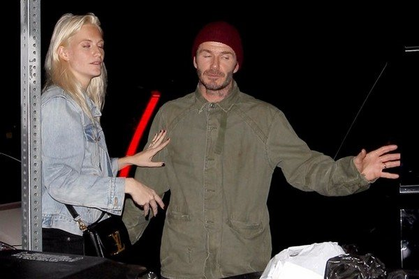 Beckham gecelerde Poppy Delevingne ile görüldü