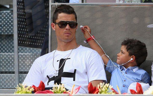 Cristiano Ronaldo'nun bebeği oluyor