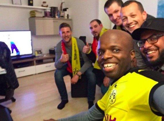 Dortmund taraftarları Monaco'luları misafir etti