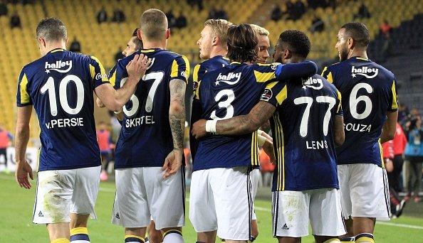 Fenerbahçe'nin muhtemel Galatasaray 11'i