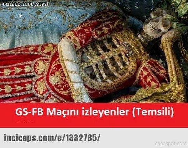Galatasaray - Fenerbahçe derbisinin capsleri