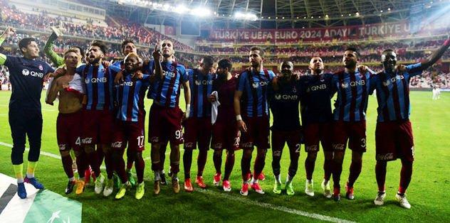 Manchester United'dan Trabzonspor'a transfer iddiası