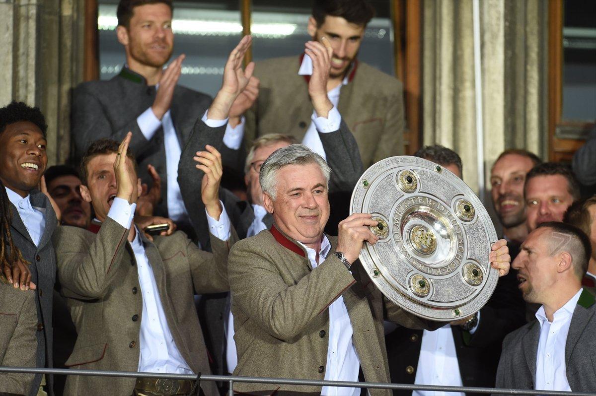 Bayern Münih'ten şampiyonluk kutlaması
