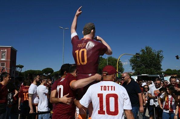 Francesco Totti, Roma'ya veda etti
