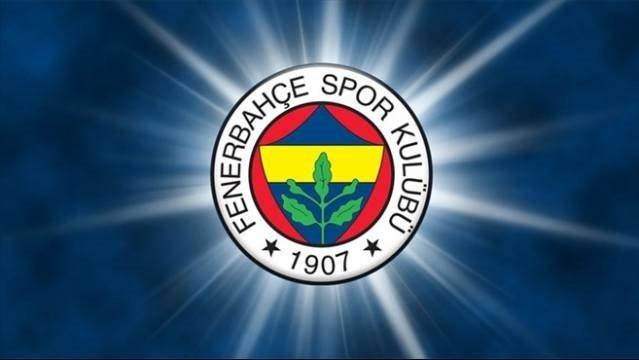Flaş! Fenerbahçe golcü oyuncu ve menajeriyle el sıkıştı