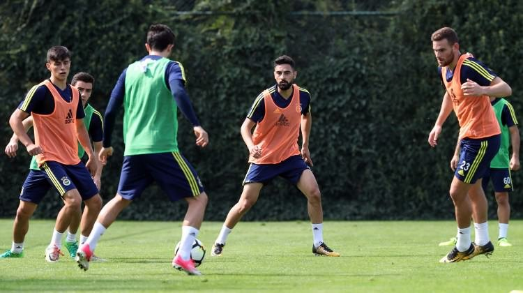 Flaş! Fenerbahçe'nin transferi direkten döndü