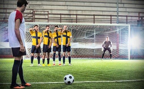 Pes 2018'in en iyi frikikçileri belli oldu! Türk futbolcu...
