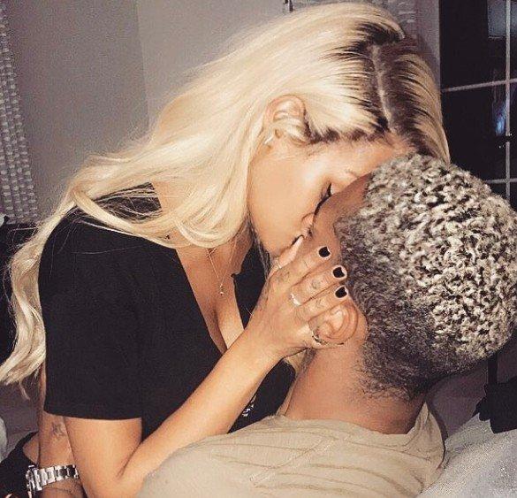 'Balotelli'nin eski sevgilisinin yıldız futbolcuyla seksi dansı olay yarattı