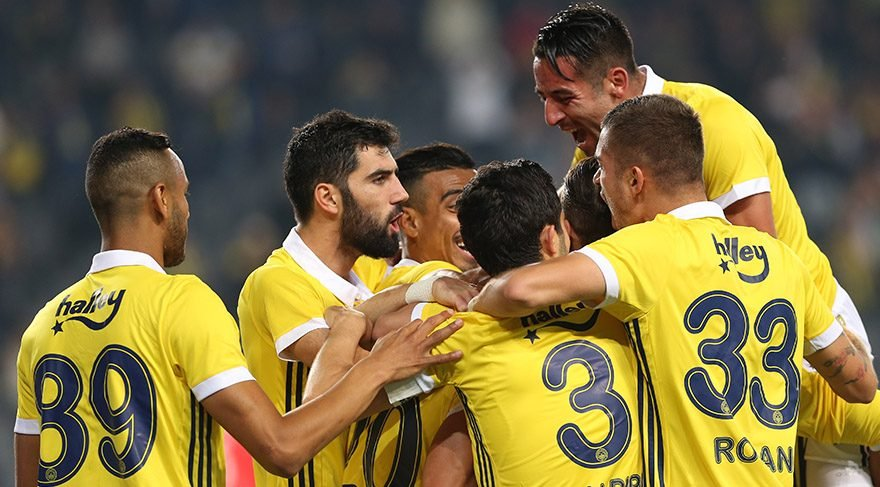 Fenerbahçe'de çok konuşulacak transfer haberi! Flaş Beşiktaş iddiası