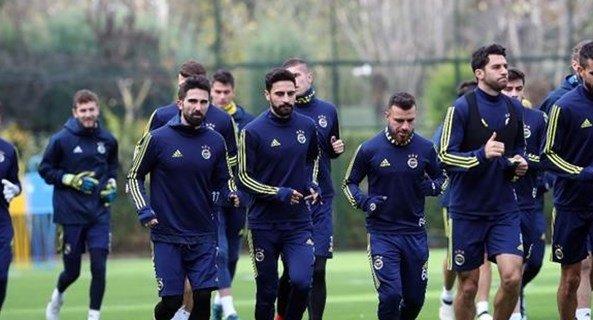 Fenerbahçe'de maça saatler kala FLAŞ gelişme!
