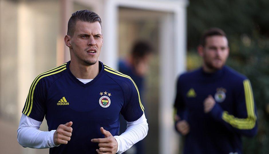 Fenerbahçe'de Skrtel'in sakatlığı kafaları karıştırdı