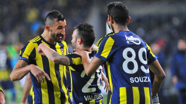 Fenerbahçeli futbolcu kendi ipini kesti! Gözden çıkarıldı