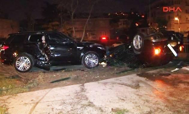 FLAŞ! Burak Yılmaz kaza yaptı araç takla attı
