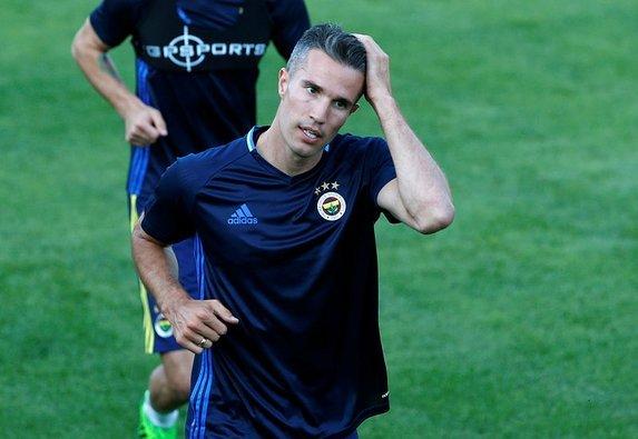 Ve Fenerbahçe'de Van Persie için flaş karar! Fernandao...