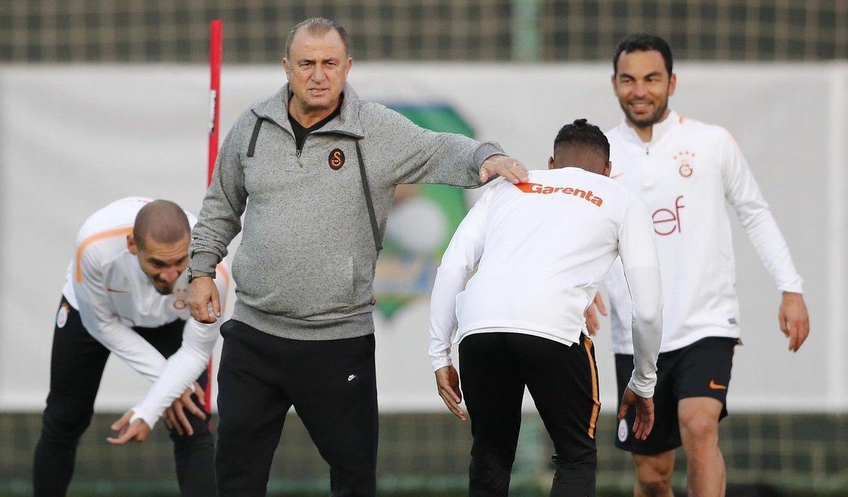 Fatih Terim, Fenerbahçe'nin gözdesini veto etti