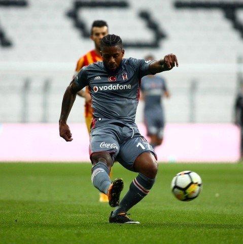 Fenerbahçe'ye bomba teklif! Jeremain Lens iddiası
