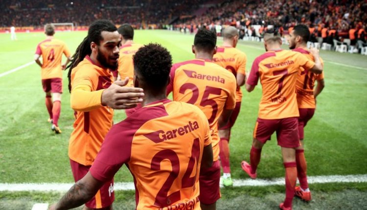 Galatasaray'a yazıldı, İngiltere'ye gidiyor! Transferde sürpriz