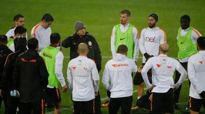 Galatasaray'dan o futbolcuya; Teklifi hemen kabul et