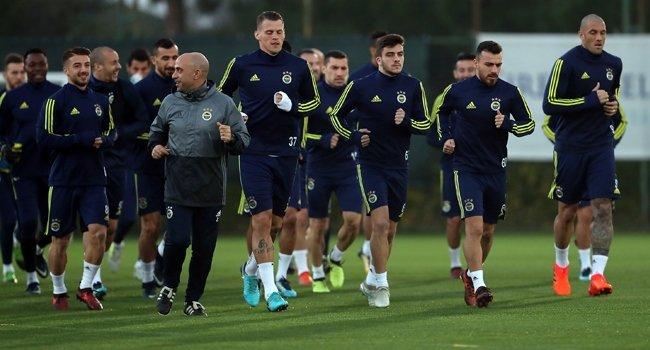 Fenerbahçe'de iddialı sözler! Başakşehirli futbolcular...