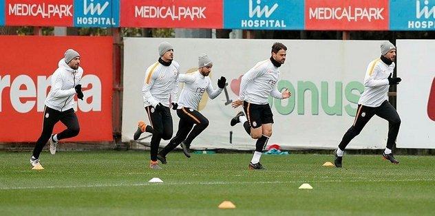 <h2>Galatasaray'da Bursaspor mesaisi başladı</h2>