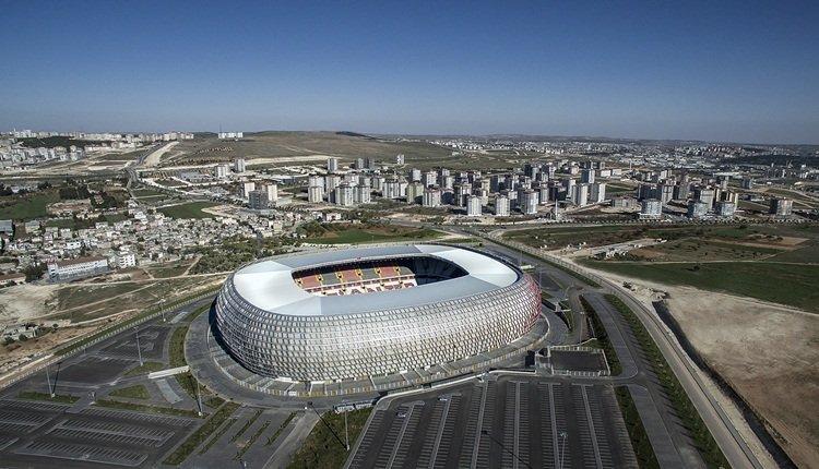 <h2>Gaziantep Stadyumu [Gaziantep, Türkiye]</h2>