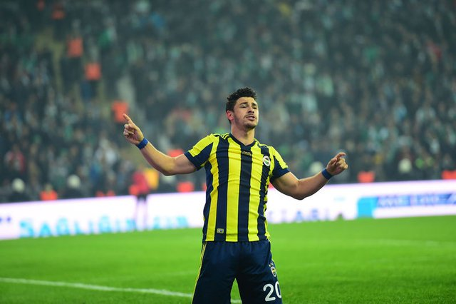 Giuliano, Fenerbahçe'de ateşle oynuyor! Hiç dinlemedi...