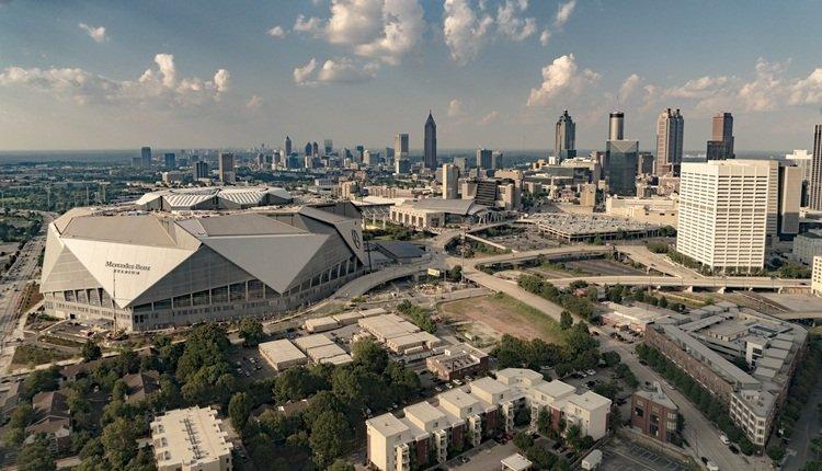 <h2>Mercedes-Benz Stadium [Atlanta, ABD]</h2>