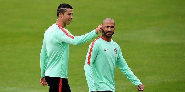 <h2>Ronaldo'dan Quaresma'ya telefon</h2>