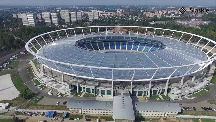 <h2>Stadion Sląski [Chorzow, Polanya]</h2>