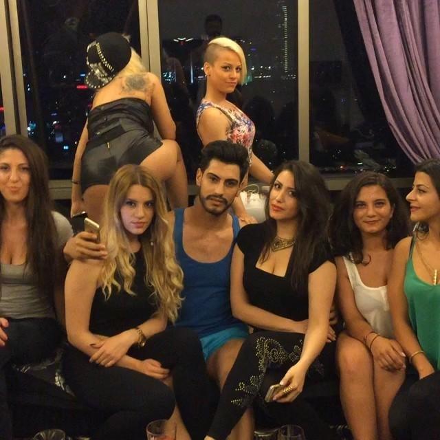 'Yerli playboy Taha Özer'den olay paylaşımlar