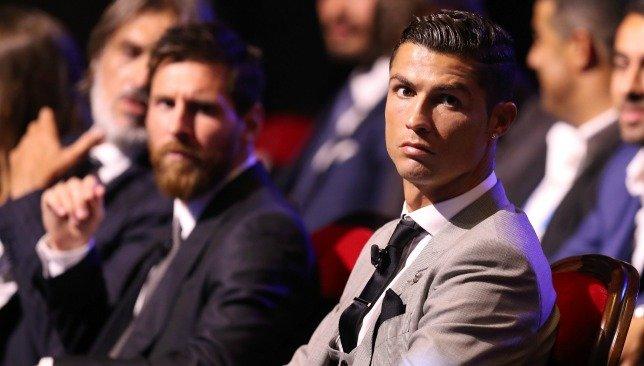 Yok artık Ronaldo! Messi'yi geçmek için öyle bir şey istedi ki...