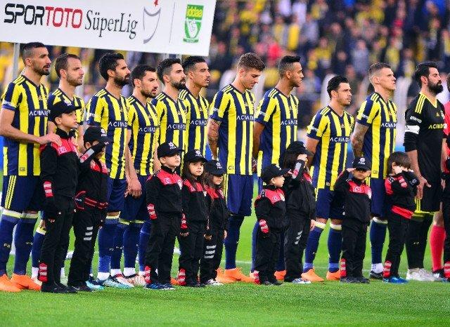 Fenerbahçe'ye transferde kötü haber! Sezonu kapattı
