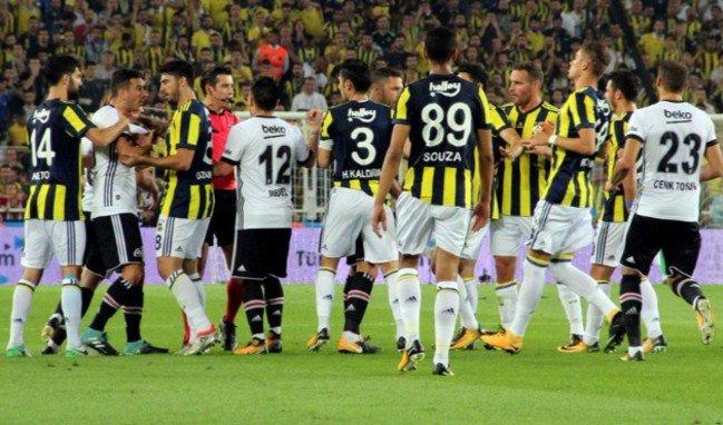 Fenerbahçe'de Beşiktaş maçında takımı yönetecek 2 sürpriz futbolcu