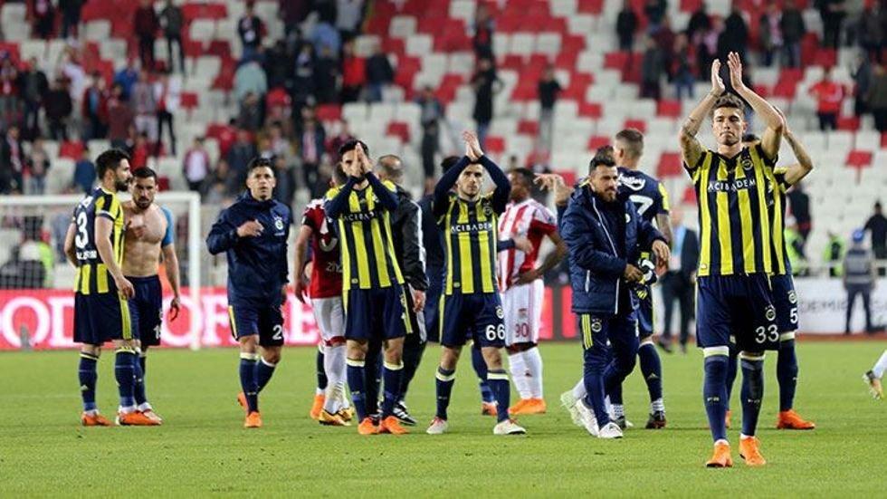 Fenerbahçe'de fedakarlık yapan futbolcu! Sivas maçından önce...