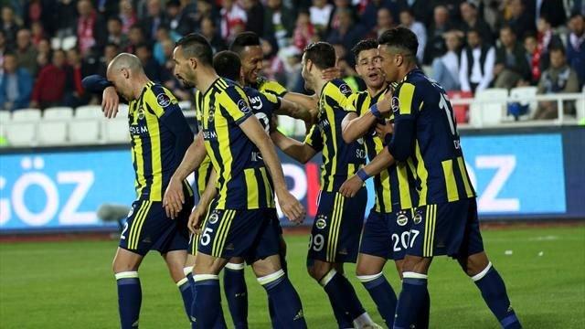 Fenerbahçe'de kimse onu konuşmuyor! Gizli kahraman