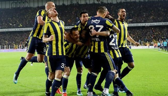 Fenerbahçe'den Beşiktaş maçı için sürpriz karar! Kadroda değişiklik