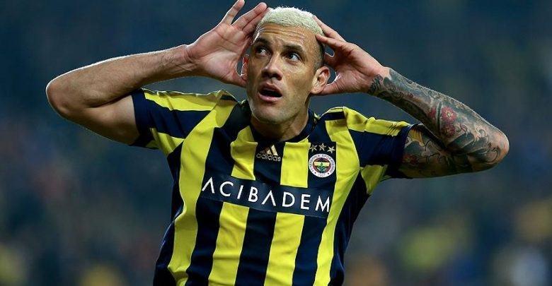 Fenerbahçeli oyuncudan itiraf! Başakşehir ve Beşiktaş'ı unutamıyorum