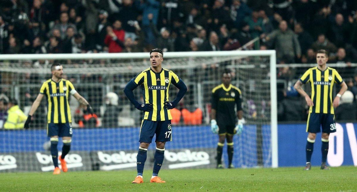Flaş! Fenerbahçe'de yaprak dökümü! Tam 8 futbolcu...