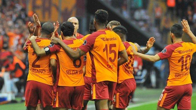 Galatasaraylı yıldız forma için 1 adım önde