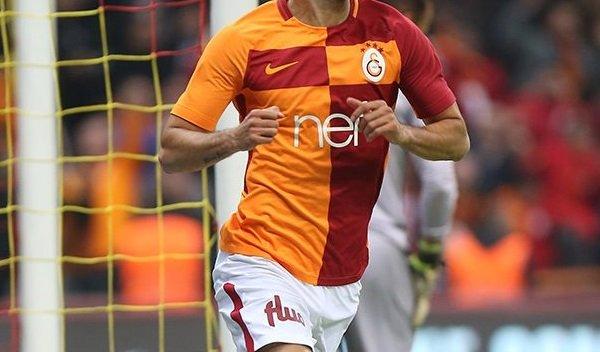 Galatasaraylı yıldıza milli mesaj