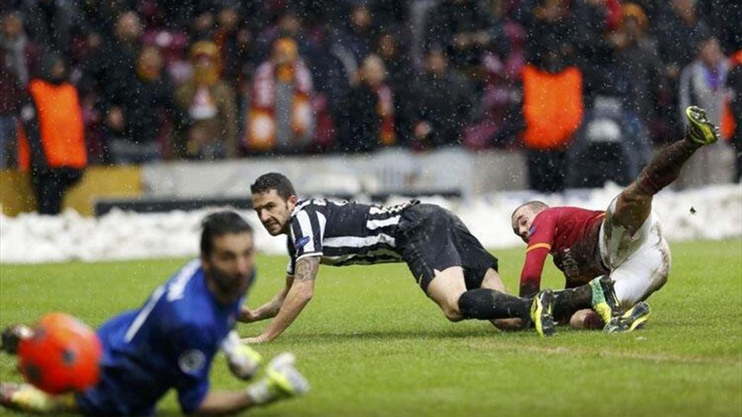 Juventus'tan Galatasaray'a transfer çalımı! Sürpriz hamle