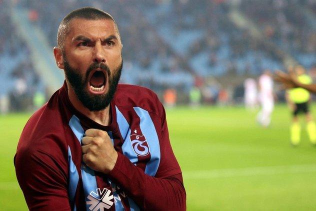 Beşiktaş'ta Burak Yılmaz için kritik görüşme! Şenol Güneş isterse...