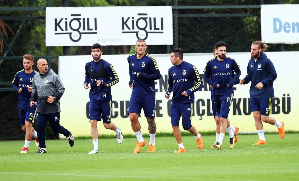 İşte Fenerbahçe'nin Karabükspor maçı 11'i