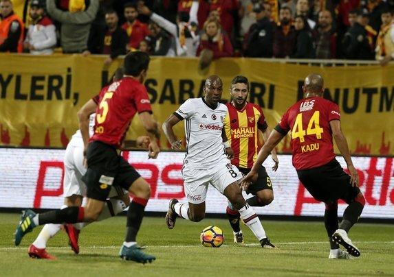 Beşiktaş, Göztepe'den Türk futbolcuyu alıyor! Transferde sürpriz..