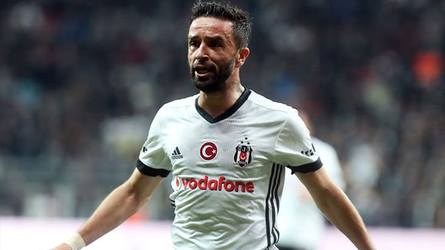Beşiktaş'ta 'Gökhan Gönül' kararı! Takviye...