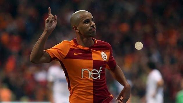 Feghouli'den transfer için flaş itiraf!