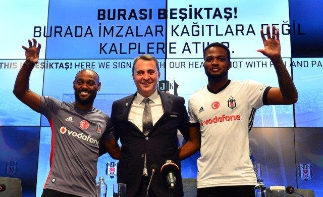 Flaş! Beşiktaşlı taraftarların sevgilisi dönüyor! 3 yıllık imza