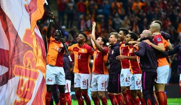 Galatasaray'a transferde Avrupa'dan sürpriz rakipler! 5 milyon Euro...